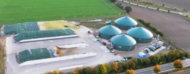 Tanques de biogas a la distancia