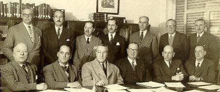Fotografía del consejo directivo en 1942