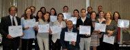Participantes del taller con sus diplomas