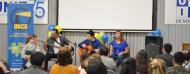 Público y músicos en evento de fin de año de uncu