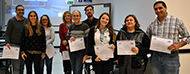 Participantes con sus diplomas